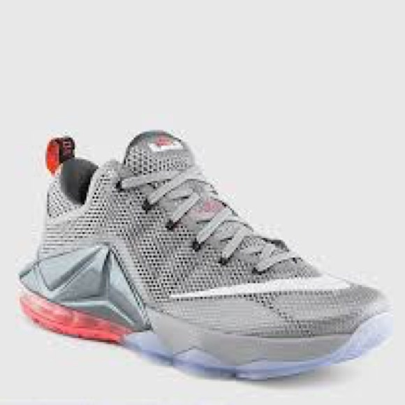 finest selection 61cf3 d310f Nike Lebron 12 Low (Wolf Grey/White-Dark Grey